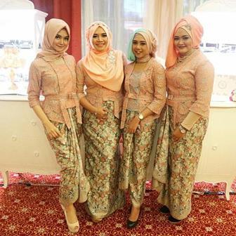 Model Kebaya Brokat Muslim Untuk Orang Gemuk