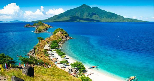 Sambawan Island in Leyte Philippines