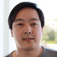 أطلق ليتكوين في 11 أكتوبر 2011 من قبل Charlee Lee، مهندس سابق في  Google يعمل الآن في Coinbase.