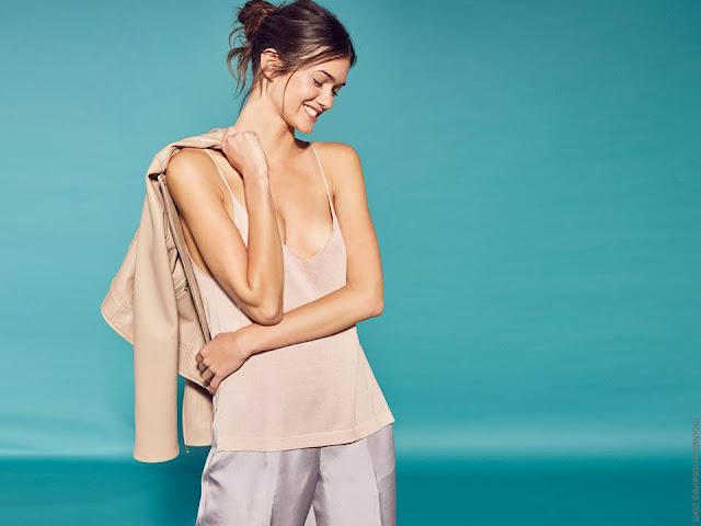 Moda mujer primavera verano 2018 tops y blusas de moda mujer.