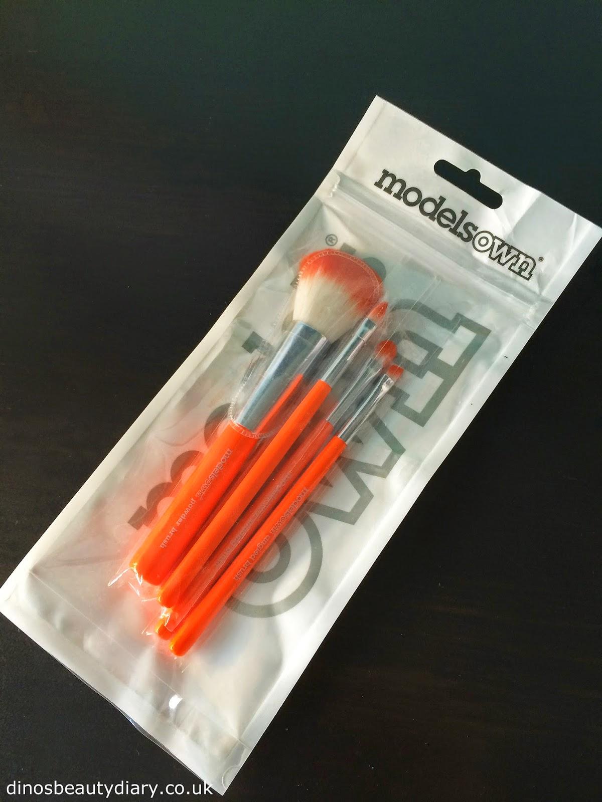Models Own Brush Set