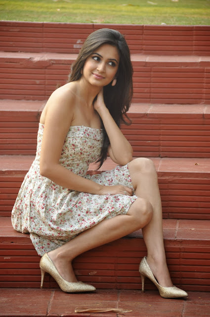 Kriti Kharbanda Wallpaper HD Images