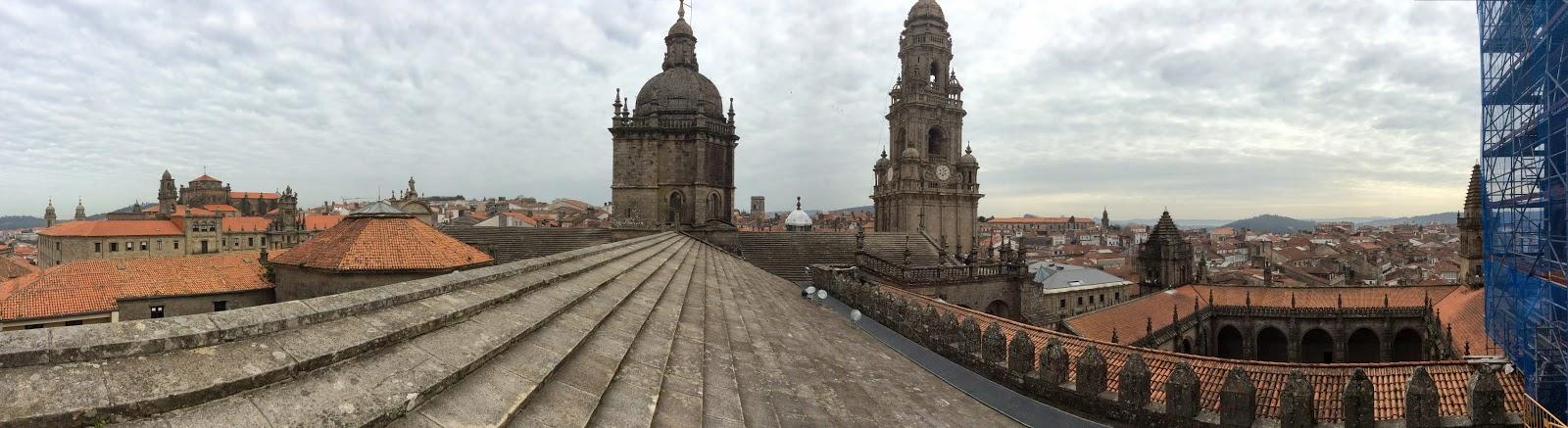 Panorámica desde los tejados de la Catedral de Santiago de Compostela