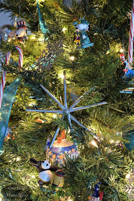 Metallic Snowflake Christmas Tree Ornaments - One Mile Home Style