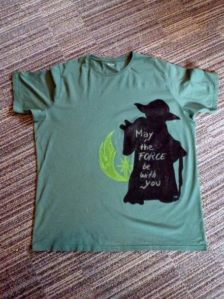 Yoda Shirt mit Spruch: May the force be with you