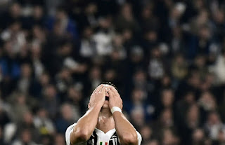 Ronaldo frustated as Juve 'gift' United victory