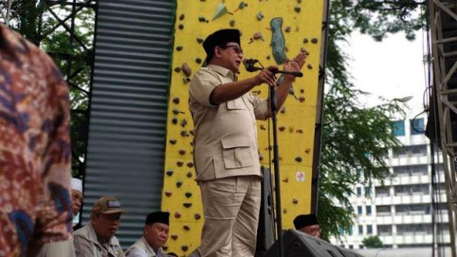 Cerita Prabowo Minta Soeharto Mundur Jadi Presiden