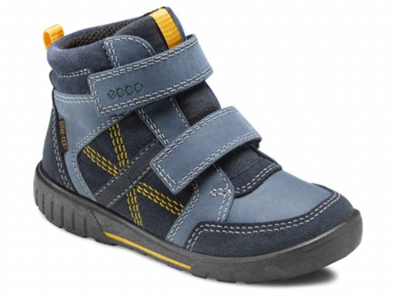 dffa456a098 Smart støvle fra Ecco Pursuit der føles blød og fleksibel at have på.  Støvlen er i en rigtig flot farvekombination af marineblå, gul og grå og  med hvide og ...