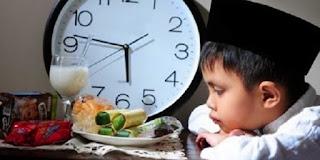 Tips agar tidak mudah haus saat puasa di bulan Ramadhan