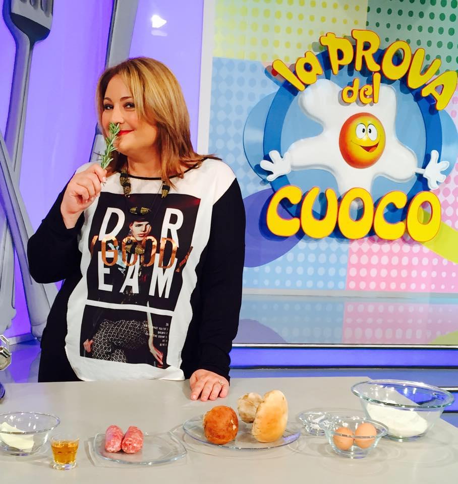 Tiziana Stefanelli nella pubblicità Dado Star come testimonial spot ''Risotto milanese''