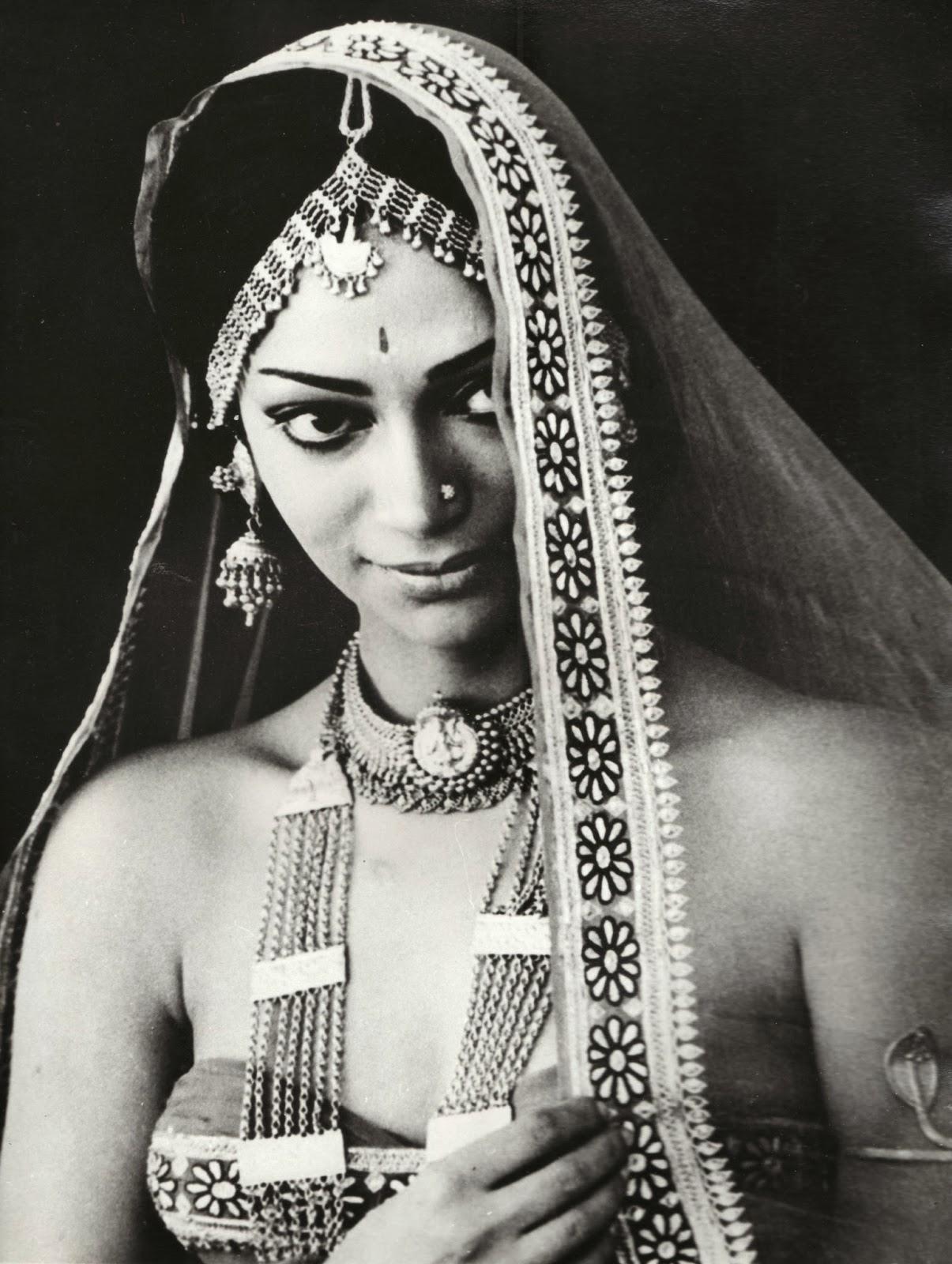 Simi Garewal Nude Pics