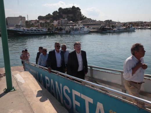 El president de la Generalitat, Ximo Puig, anunció ayer martes que la Generalitat impulsará un modelo de cogestión en el puerto de Dénia, el mayor de los de titularidad autonómica, para dar mayor participación a los operadores locales
