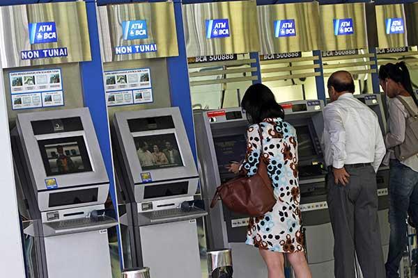 Kartu ATM BCA Tertelan Apakah Harus Buat Rekening Baru?