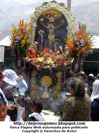 Foto de la Procesión del Señor de los Milagros  (Santa Cruz de Andamarca - Huaral - Lima - Perú) por Jesus Gómez
