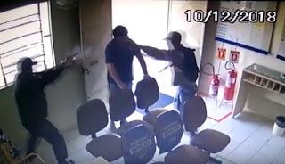 Vigilante é ferido em assalto a agência dos Correios em Junco do Seridó, PB. Veja o vídeo