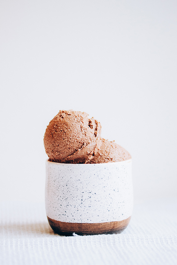 Vegan coconut ice cream recipe by Eat Me Blog