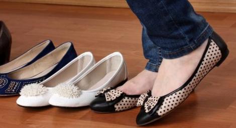 Trik Memilih Slip On yang Cocok dan Nyaman untuk Ibu Hamil