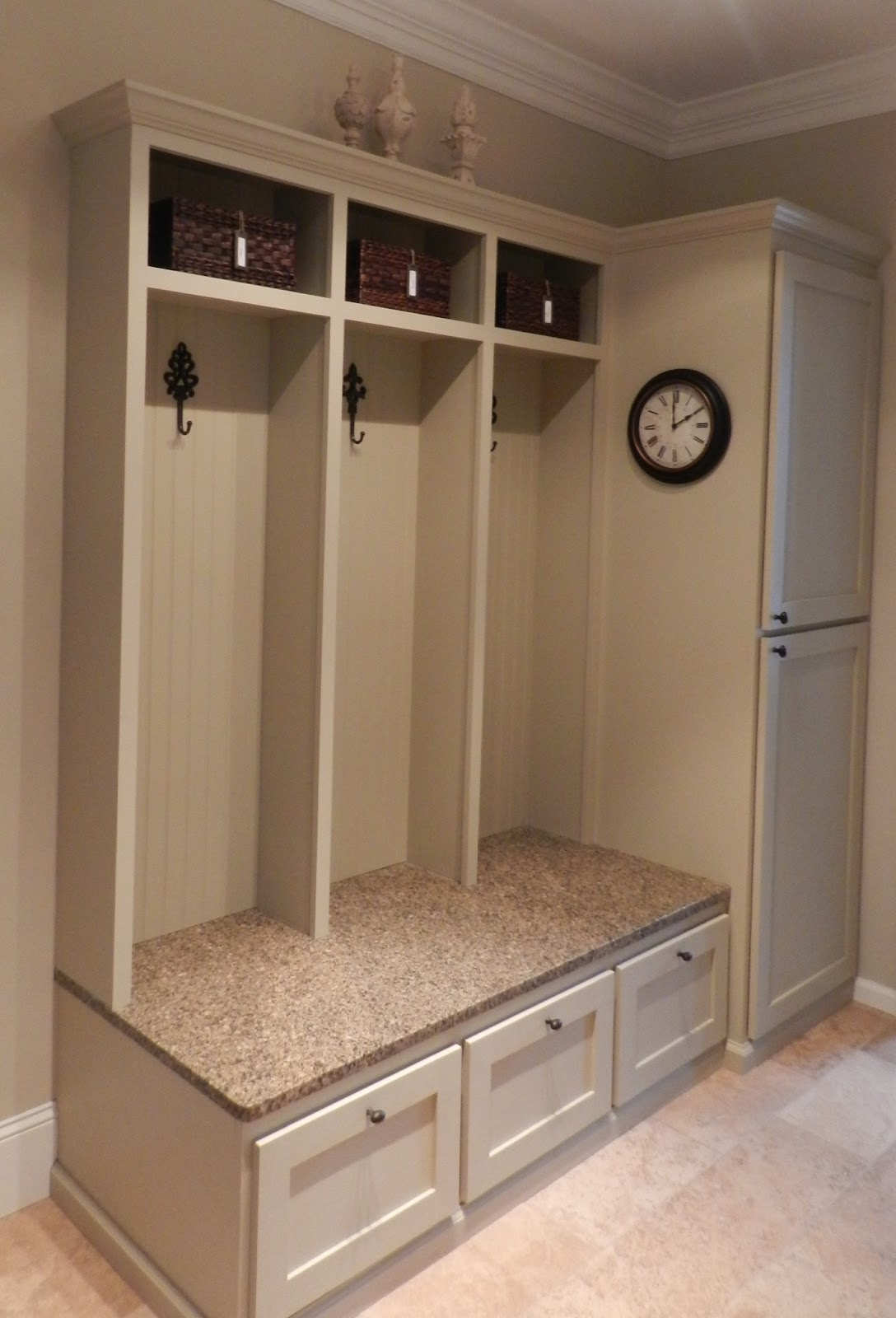 Decor You Adore Spectacular Before Amp After Laundry Room