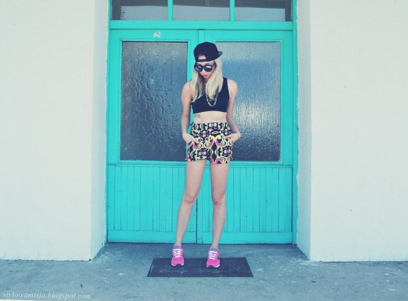 bralet, lato, moda, newbalance, okulary, róż,