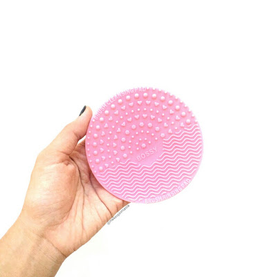 Brush Cleansing Pad by Bossy