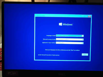 Menggunakan USB bootable Windows 10