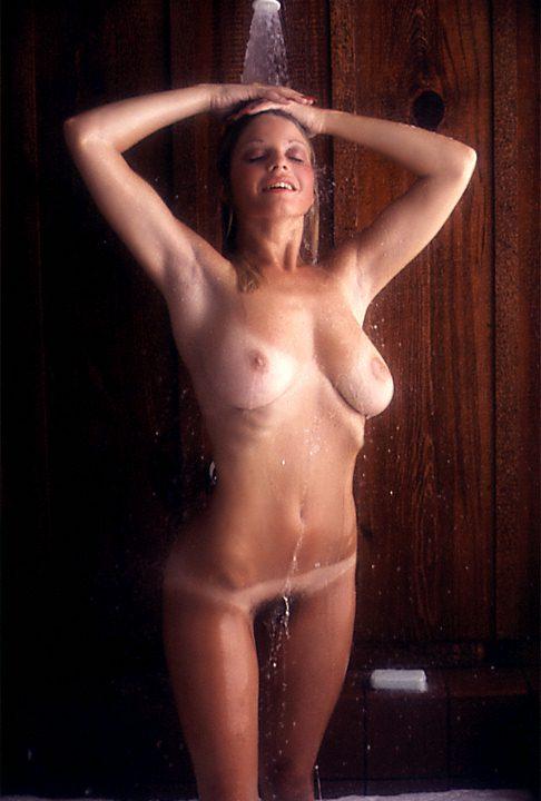 Daina house nude good