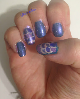 mermaid_tail_nail_art