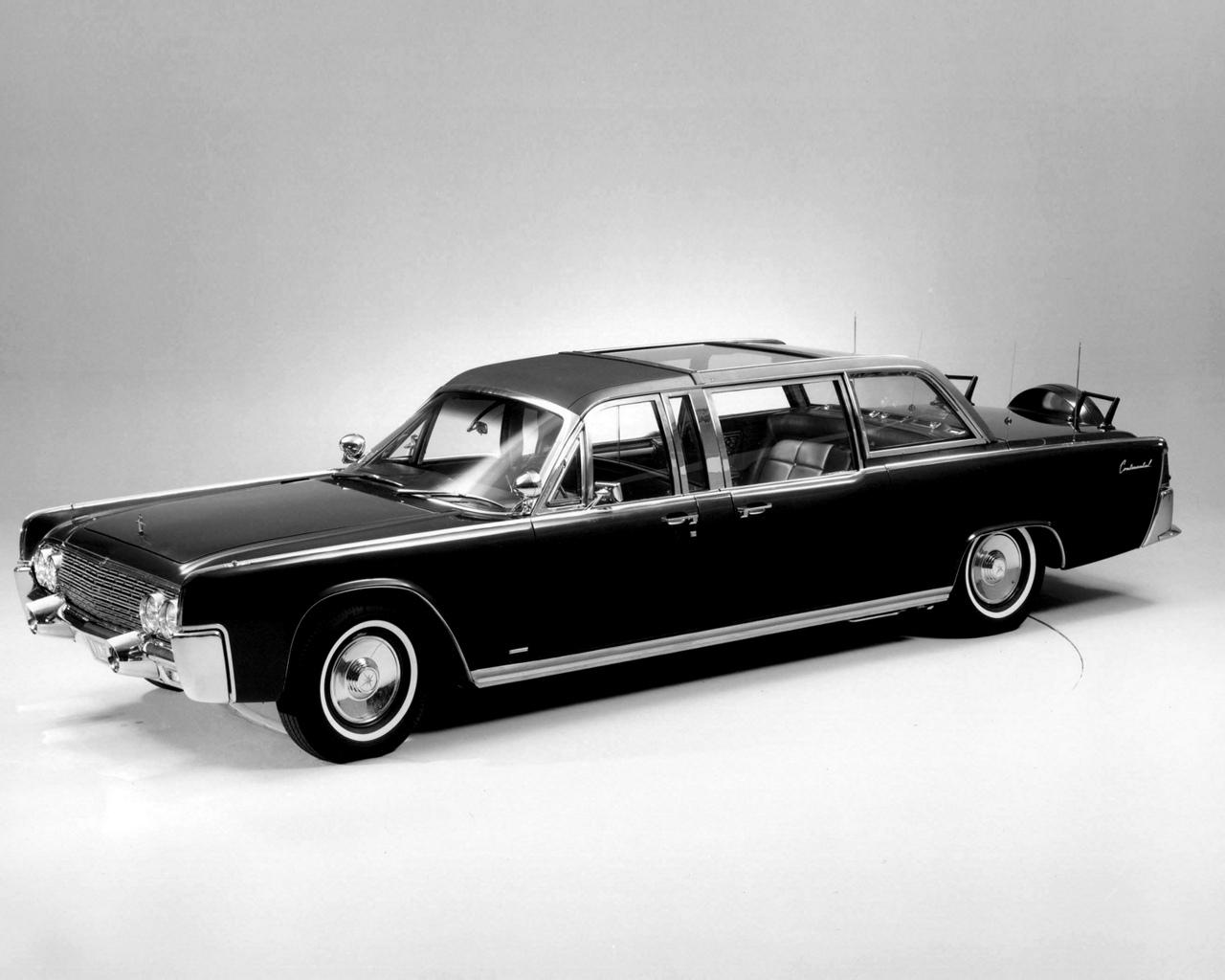 80 American Classic Cars Wallpaper