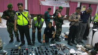 Sidak Di Lapas Kerobokan, Anggota Gabungan Temukan puluhan Ponsel Hingga Paket Sabu