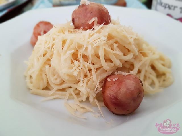 Receita de espaguete com molho de requeijão