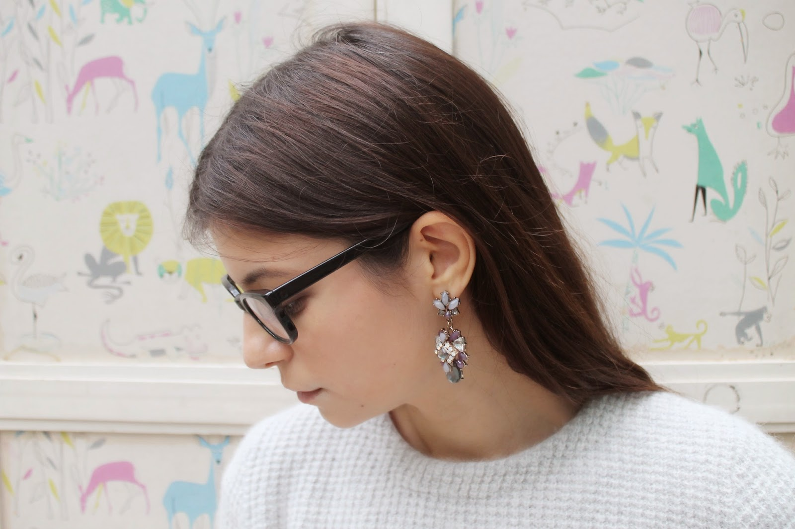 statement earrings, accessorize, wallpaper