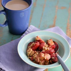 Gluten-Free Strawberry Rhubarb Crisp