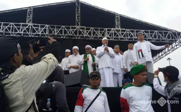 Seperti Tak Punya Adab, Menteri Agama Ucapkan Salam Masa Aksi Bela Palestine Malah Soraki Begini....