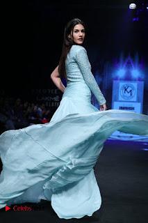 Actress Amyra Dastur Walk On Ramp for Designer Karn Malra at LFW Summer 2017  0016.jpg
