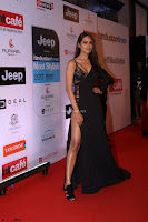Red Carpet of Most Stylish Awards 2017 ~ Esha Gupta (1).JPG