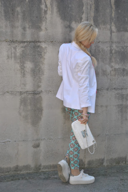 outfit bianco come abbinare il bianco abbinamenti bianco how to wear white how to combine white white outfit outfit sporty chic outfit outfit maggio 2016 may outfit spring casual outfit mariafelicia magno fashion blogger color block by felym fashion blogger italiane fashion blog italiani fashion blogger milano blogger italiane blogger italiane di moda blog di moda italiani ragazze bionde blonde hair blondie blonde girl fashion bloggers italy italian fashion bloggers influencer italiane italian influencer