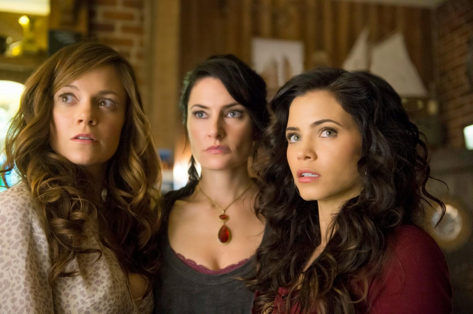 Blog Witches Of East End Recap Season 2 Episode 1