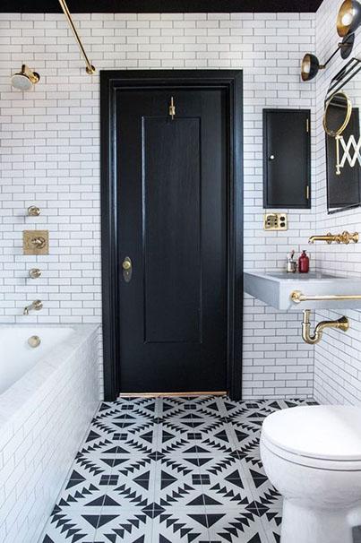 dcoration salle de bain noir blanc dor carrelage mtro carreau de ciment