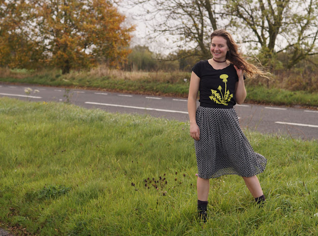 Follow the River organic Dandelion tee review fashion blogger