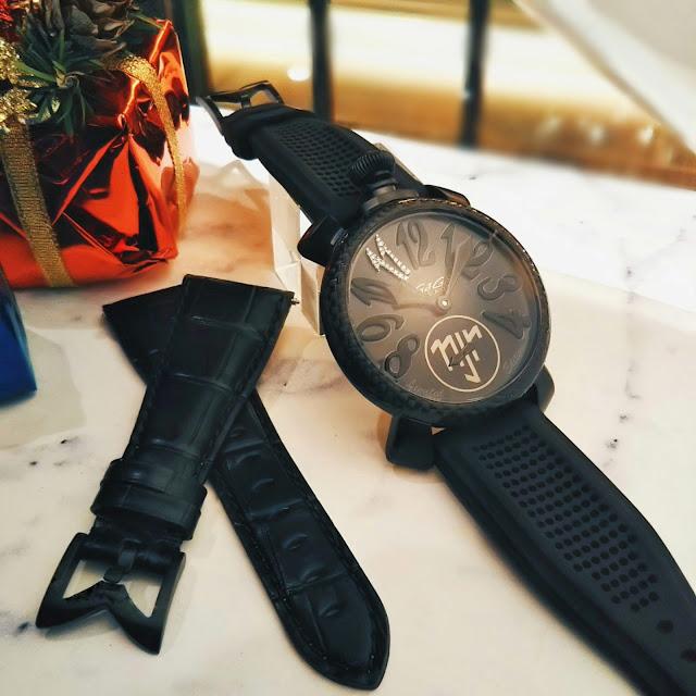 大阪 梅田 イタリア ファッション ウォッチ 腕時計 ガガミラノ GaGa SELECT 世界限定 500 カーボンファイバー ネイマール ラグジュアリー バルセロナ サッカー