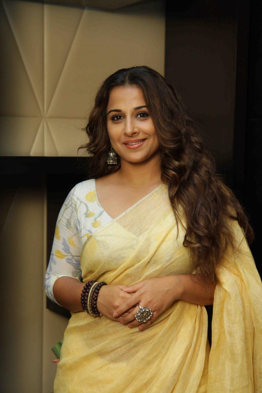 Vidya Balan Hot Looking Photos In Yellow Saree