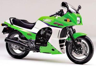 Ninja 900R mẫu xe huyền hoại của Kawasaki