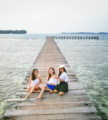 foto pemandangan di pulau bira kepulauan seribu