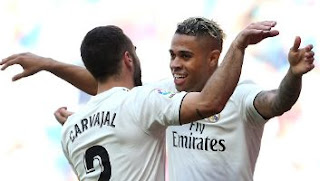 Real Madrid vs Villarreal 3-2 Highlights