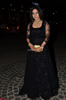 Sakshi Agarwal looks stunning in all black gown at 64th Jio Filmfare Awards South ~  Exclusive 028.JPG