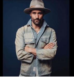 Model Luke Ditella in Ken Lee Custom Beaver distressed hat