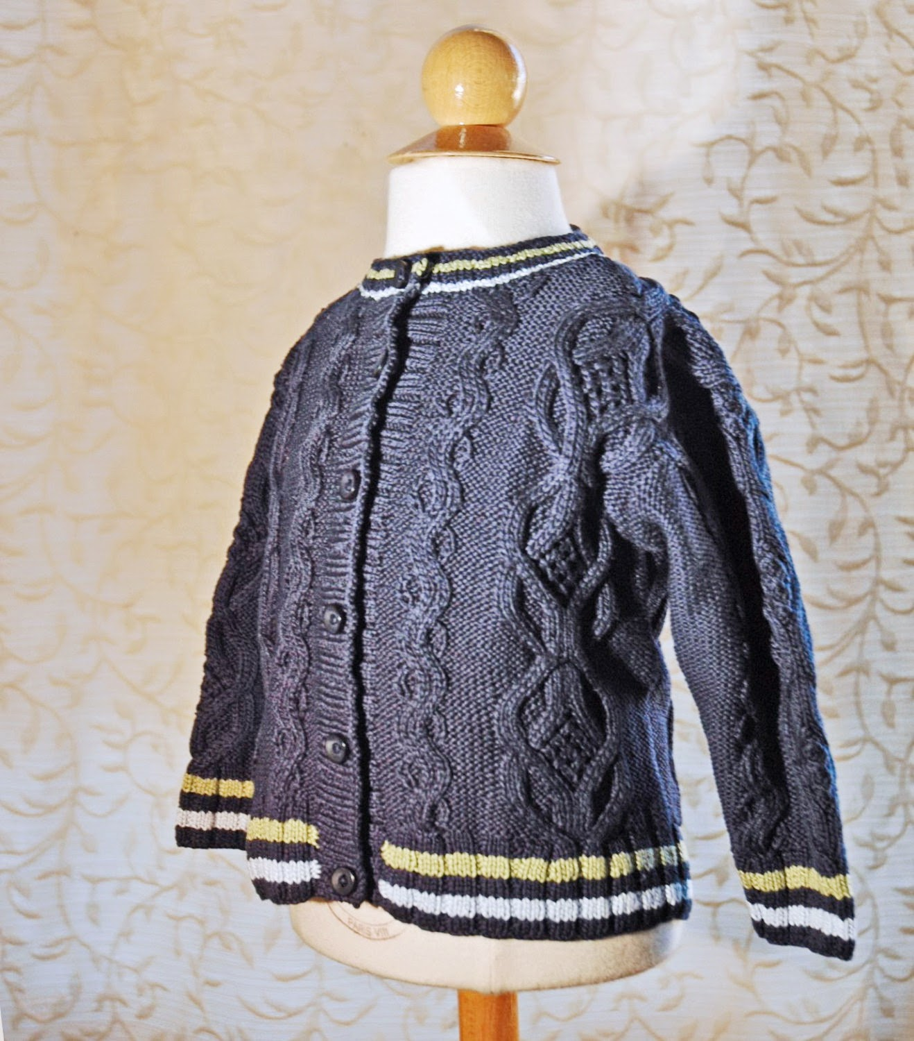 https://www.etsy.com/listing/186965844/baby-boy-cardigan-handknit-baby-navy?ref=related-0