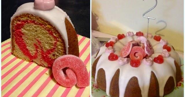 Pink Percy Pig Bundt Cake Dollybakes