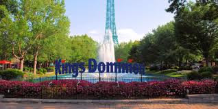 fountains and Eiffel Tower at Kings Dominion