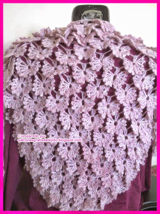 Chal tejido al crochet con hermoso punto